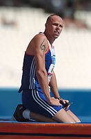 Dean Macey (GBR) shows his disappointment at his poor showing in the Decathlon Pole Vault. Athletics, Athens Olympics, 24/08/2004. Credit: Colorsport / Matthew Impey DIGITAL FILE ONLY