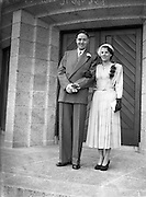 8/10/1952<br /> 10/8/1952<br /> 8 October 1952<br /> <br /> The Wedding of Mr. Patrick Byrne and Miss Marshall at Corpus Christi and Four Courts Hotel