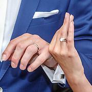 NLD/Amsterdam/20150620 - Huwelijk Kimberly Klaver en Bas Schothorst, ringen
