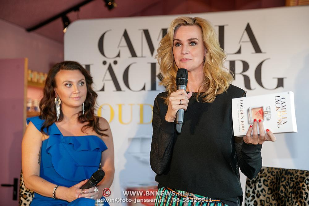 NLD/Amsterdam/20190507 - Boekpresentatie Camilla Läckberg, Camilla samen met schrijfster Daphne Deckers