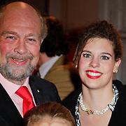 NLD/Amsterdam/20111222 - Wintercircus 2011 Carre, bert Simhoffer, partner Yvette van Damme