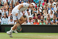 Tennis - 2017 Wimbledon Championships - Week Two, Wednesday [Day Nine]<br /> <br /> Men's Singles, Quarter Final match<br /> <br /> Andy Murray (GBR) vs. Sam Querrey (USA)<br /> <br /> Andy Murray feels the pain running back on  Centre Court <br /> <br /> COLORSPORT/ANDREW COWIE