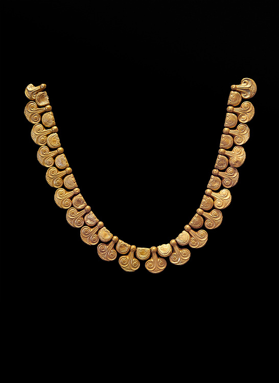 Mycenaean gold necklace with waz lily shaped beads from the Mycenaean cemetery of Midea tomb 10, Dendra, Greece. National Archaeological Museum Athens Cat no 8748. Black Background .<br /> <br /> If you prefer to buy from our ALAMY PHOTO LIBRARY  Collection visit : https://www.alamy.com/portfolio/paul-williams-funkystock/mycenaean-art-artefacts.html . Type -   Athens    - into the LOWER SEARCH WITHIN GALLERY box. Refine search by adding background colour, place, museum etc<br /> <br /> Visit our MYCENAEN ART PHOTO COLLECTIONS for more photos to download  as wall art prints https://funkystock.photoshelter.com/gallery-collection/Pictures-Images-of-Ancient-Mycenaean-Art-Artefacts-Archaeology-Sites/C0000xRC5WLQcbhQ