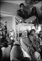 Pakistan, voyage en train entre Lahore et Karachi. // Pakistan. Train travel from Lahore to Karachi.