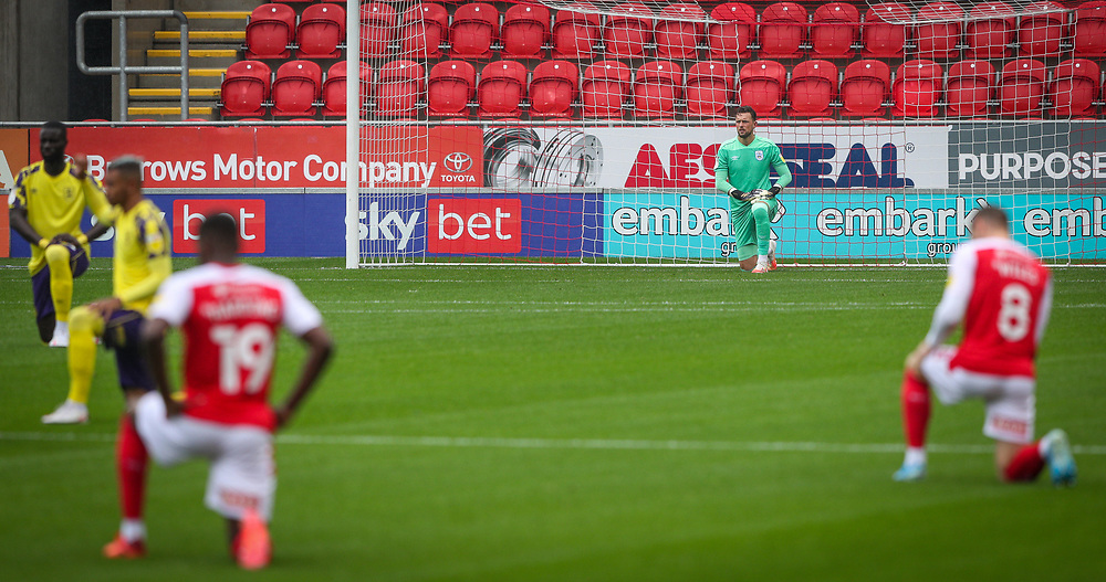 Players from both sides take there knee before the game<br /> <br /> Photographer Alex Dodd/CameraSport<br /> <br /> The EFL Sky Bet Championship - Rotherham United v Huddersfield Town - Saturday 3rd October 2020 - New York Stadium - Rotherham<br /> <br /> World Copyright © 2020 CameraSport. All rights reserved. 43 Linden Ave. Countesthorpe. Leicester. England. LE8 5PG - Tel: +44 (0) 116 277 4147 - admin@camerasport.com - www.camerasport.com