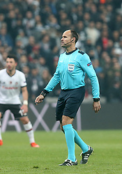 November 21, 2017 - °Stanbul, Türkiye - Reffree Mateu Lahoz  during Besiktas - Porto UEFA Champions Leaguematch in Vodafone Arena, Istanbul, Turkey, November 21, 2017. (Credit Image: © Depo Photos via ZUMA Wire)