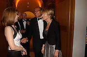 Jane Asher, Bruce Oldfield and Romilly McCalpine. National Portrait Gallery  150th Anniversary Fundraising Gala. National Portrait Gallery. London. 28 February 2006. ONE TIME USE ONLY - DO NOT ARCHIVE  © Copyright Photograph by Dafydd Jones 66 Stockwell Park Rd. London SW9 0DA Tel 020 7733 0108 www.dafjones.com