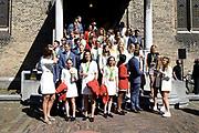 Medaillewinnaars van de Olympische Zomerspelen 2016 vertrekken per fiets van het Binnenhof voor een ontvangst op Paleis Noordeinde. <br /> <br /> op de foto:  Medaillewinnaars