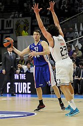 15.04.2015, Palacio de los Deportes stadium, Madrid, ESP, Euroleague Basketball, Real Madrid vs Anadolu Efes Istanbul, Playoffs, im Bild Real Madrid´s Sergio Llull and Anadolu Efes´s Thomas Heurtel // during the Turkish Airlines Euroleague Basketball 1st final match between Real Madrid vand Anadolu Efes Istanbul t the Palacio de los Deportes stadium in Madrid, Spain on 2015/04/15. EXPA Pictures © 2015, PhotoCredit: EXPA/ Alterphotos/ Luis Fernandez<br /> <br /> *****ATTENTION - OUT of ESP, SUI*****