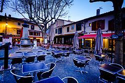Early morning before dawn in the medieval  Cité de Carcassonne in France<br /> <br /> (c) Andrew Wilson   Edinburgh Elite media