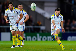 Clermont Scrum-Half (#9) Morgan Parra misses a penalty kick during the first half of the match - Photo mandatory by-line: Rogan Thomson/JMP - Tel: Mobile: 07966 386802 20/10/2012 - SPORT - RUGBY - Sandy Park Stadium - Exeter. Exeter Chiefs v ASM Clermont Auvergne - Heineken Cup Round 2