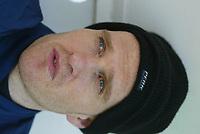 Fotball - Treningsleir La Manga 14. mars 2002. Eirk Hagen, Vålerenga portrett med lue. <br /> <br /> Foto: Andreas Fadum, Digitalsport