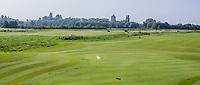 HAARZUILENS  - Hole 6 en 5 met Hamtoren  , Golfclub De Haar , van 9 naar 18 holes. .  COPYRIGHT KOEN SUYK