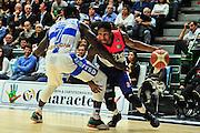 DESCRIZIONE : Campionato 2014/15 Dinamo Banco di Sardegna Sassari - Enel Brindisi<br /> GIOCATORE : Demonte Harper<br /> CATEGORIA : Palleggio Penetrazione Fallo<br /> SQUADRA : Enel Brindisi<br /> EVENTO : LegaBasket Serie A Beko 2014/2015<br /> GARA : Dinamo Banco di Sardegna Sassari - Enel Brindisi<br /> DATA : 27/10/2014<br /> SPORT : Pallacanestro <br /> AUTORE : Agenzia Ciamillo-Castoria / M.Turrini<br /> Galleria : LegaBasket Serie A Beko 2014/2015<br /> Fotonotizia : Campionato 2014/15 Dinamo Banco di Sardegna Sassari - Enel Brindisi<br /> Predefinita :