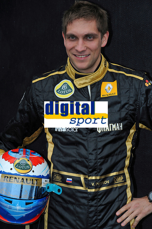 MOTORSPORT - F1 2011 - PRESENTATION DES PILOTES / DRIVERS PRESENTATION - MELBOURNE (AUS) - 25 TO 27/03/2011 - PHOTO : ERIC VARGIOLU / DPPI - <br /> PETROV VITALY (RUS) - LOTUS RENAULT GP R31 - AMBIANCE PORTRAIT
