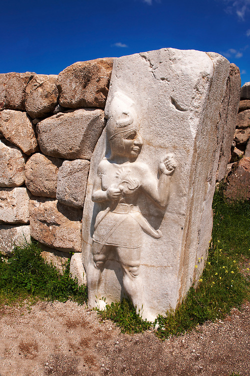Picture & image of the Hittite Relief sculpture of the God of War of the Kings Gate. Hattusa (also Ḫattuša or Hattusas) late Anatolian Bronze Age capital of the Hittite Empire. Hittite archaeological site and ruins, Boğazkale, Turkey. .<br /> <br /> If you prefer to buy from our ALAMY PHOTO LIBRARY  Collection visit : https://www.alamy.com/portfolio/paul-williams-funkystock/hattusa-hittite-site-turkey.html<br /> <br /> Visit our HITTITE PHOTO COLLECTIONS for more photos to download or buy as wall art prints https://funkystock.photoshelter.com/gallery-collection/The-Hittites-Art-Artefacts-Antiquities-Historic-Sites-Pictures-Images-of/C0000NUBSMhSc3Oo