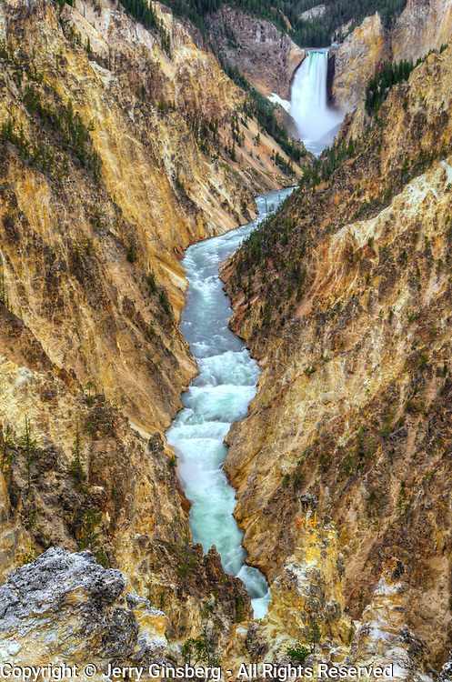 Spectacular Grand Canyon of the Yellowstone and Lower Yellowstone Falls, carved by the Yellowstone River, Yellowstone National Park, Wyoming.