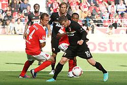 22.09.2012, Coface Arena, Mainz, GER, 1. FBL, 1. FSV Mainz 05 vs FC Augsburg, 4. Runde, im Bild Daniel Baier (Augsburg) im Zweikampf mit Nikolce Noveski (Mainz) // during the German Bundesliga 4th round match between 1. FSV Mainz 05 and FC Augsburg at the Coface Arena, Mainz, Germany on 2012/09/22. EXPA Pictures © 2012, PhotoCredit: EXPA/ Eibner/ Bildpressehaus..***** ATTENTION - OUT OF GER *****