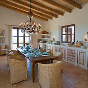Country Home 620