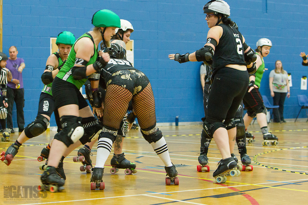 Auld Reekie Roller Girls take on Rebellion Roller Derby in the British Champs 2017 Playoffs at Fenton Manor, Stoke-on-Trent, 2017-09-16