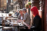 SWEDEN- STOKHOLM - 26/09/2006 : Chokladcoppen cafe on Stortorget square in the historical city center , Gamla stan  .///.Chokladcoppen cafe , sur la grand place, la  place Stortorget dans le centre de la vieille ville Historique Gamla Stan
