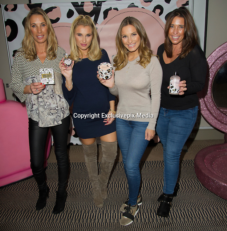 EXCLUSIVE<br /> Sam and Billie Faiers at the beauty conference for The Perfume Shop,The Crowne Plaza London, Billie who is Pregnant with her second child looked stunning with sister Sam<br /> ©Exclusivepix Media