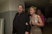Harvey Weinstein and Tina Brown. Talk pre-Golden Globes party. Mondrian Hotel.West Hollywood,ÊCaliforniaÊUSA  20 January 2001. © Copyright Photograph by Dafydd Jones 66 Stockwell Park Rd. London SW9 0DA Tel 020 7733 0108 www.dafjones.com