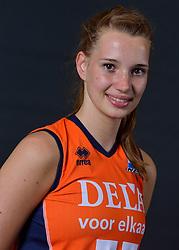 22-05-2015 NED: Selectie Nederlands Volleybalteam vrouwen 2015, Arnhem<br /> Op Papendal werd de photoshoot met de Nederlandse Volleybal vrouwen gedaan / Nicole Oude Luttikhuis #17