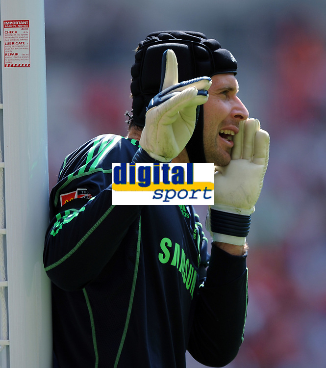Fotball<br /> England<br /> Foto: Fotosports/Digitalsport<br /> NORWAY ONLY<br /> <br /> Petr Cech<br /> Chelsea 2009/10<br /> Chelsea V Manchester United (2-2) 09/08/09<br /> Chelsea Win On Penalties (4-1) During Penalty Shootout<br /> The FA Community Shield 2009 Wembley Stadium
