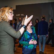 NLD/Amsterdam/20160128 - opening DWDD Pop Up Museum 2016, Beatrice de Graaf en Jet Bussemaker
