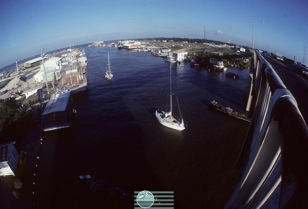 1979 Seabrook Texas Harbor