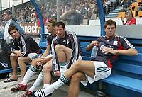 Liverpools Ersatzbank mit Steven Gerrard (rechts). © Urs Bucher/EQ Images