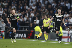 BRITAIN-LONDON-FOOTBALL-UEFA CHAMPIONS LEAGUE-TOTTENHAM HOTSPUR VS AJAX.(190430) -- LONDON, April 30, 2019  Ajax's Donny van de Beek celebrates after scoring during the UEFA Champions League Semifinal First Leg match between Tottenham Hotspur and Ajax at the Tottenham Hotspur Stadium in London, Britain on April 30, 2019. Ajax won 1-0.  FOR EDITORIAL USE ONLY. NOT FOR SALE FOR MARKETING OR ADVERTISING CAMPAIGNS. NO USE WITH UNAUTHORIZED AUDIO, VIDEO, DATA, FIXTURE LISTS, CLUBLEAGUE LOGOS OR ''LIVE'' SERVICES. ONLINE IN-MATCH USE LIMITED TO 45 IMAGES, NO VIDEO EMULATION. NO USE IN BETTING, GAMES OR SINGLE CLUBLEAGUEPLAYER PUBLICATIONS. (Credit Image: © Xinhua via ZUMA Wire)