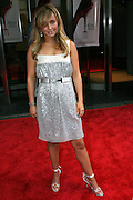 Hayden Panettiere posing before entering the 'The Devil Wears Prada' premiere at the AMC LOEWS in Lincoln Square, New York, USA, on Monday, June 20, 2006. **ITALY OUT**