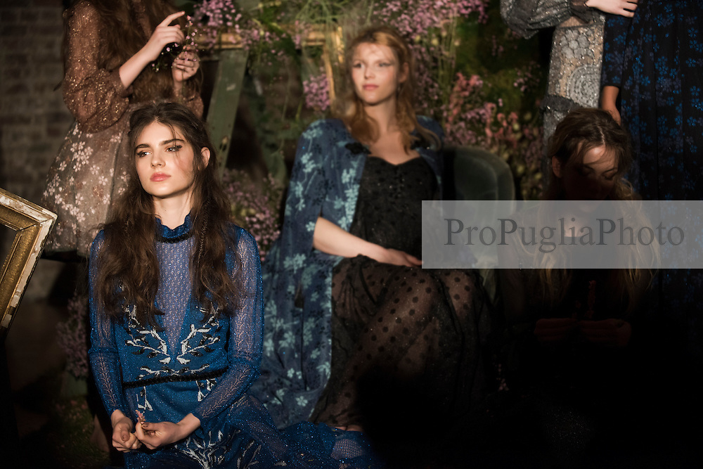 EKATERINA KUKHAREVA   Autumn/Winter Collection 2017. THE PAINTING ROOMS PRESENTATIONS, Hosted by The Royal Society of Arts, Durham House Street, London WC2