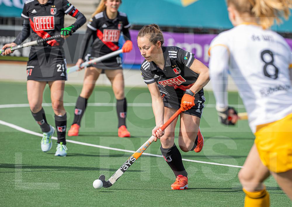 AMSTELVEEN -  Charlotte Adegeest (Adam) tijdens  de hoofdklasse hockey competitiewedstrijd dames, Amsterdam-Den Bosch (0-1)  COPYRIGHT WORLDSPORTPICS KOEN SUYK