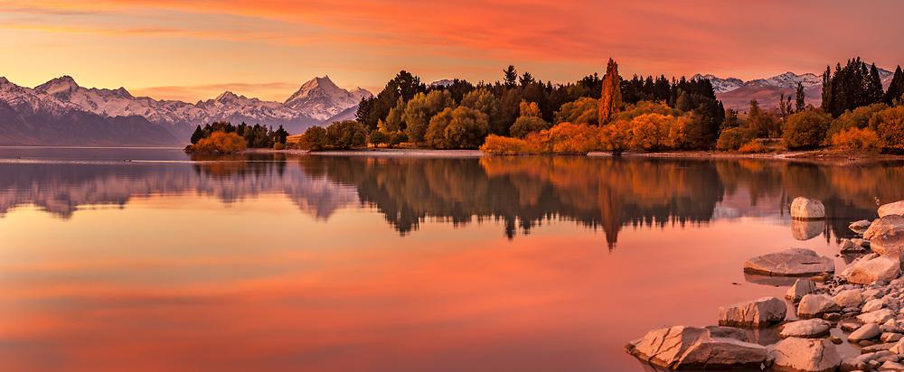 Autumn sunset panorama,  high cloud over Lake Pukaki , Mt Sefton to Aoraki & Mt Tasman,  Aoraki Mount Cook National Park, Mackenzie country, Canterbury