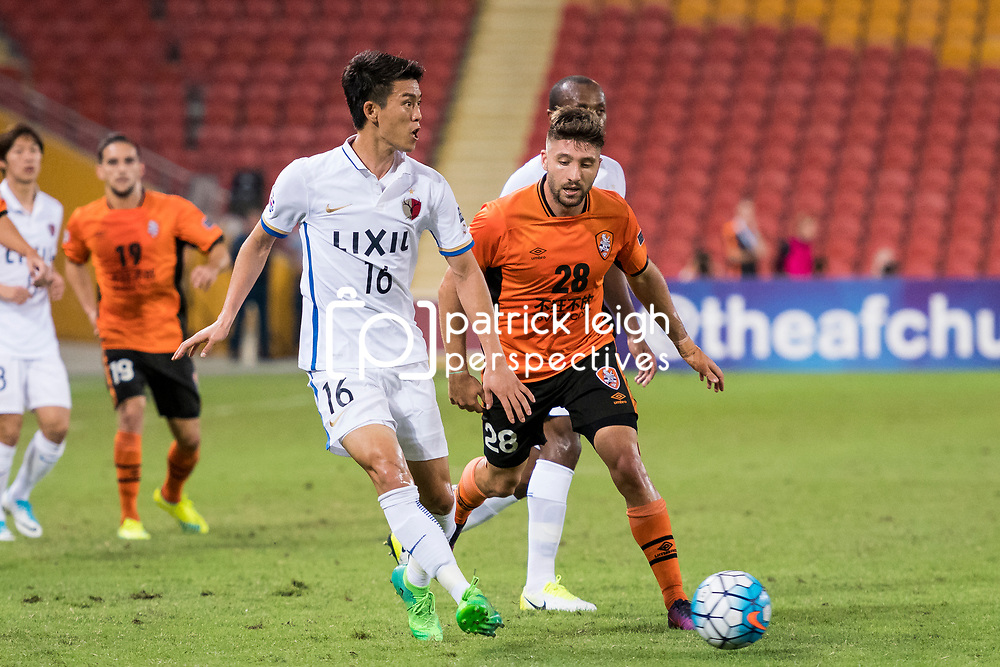 BRISBANE, AUSTRALIA - APRIL 12: Yamamoto Shuto of Kashima passes the ball during the Asian Champions League Group Stage match between the Brisbane Roar and Kashima Antlers at Suncorp Stadium on April 12, 2017 in Brisbane, Australia. (Photo by Patrick Kearney/Brisbane Roar)