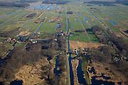Nederland, Utrecht, Gemeente Maarssen, 11-02-2008; Tienhoven, verkaveling ten gevolge van vervening (uitgraven van veen); veenweide landschap met watermolen De Trouw Wachter; .  .luchtfoto (toeslag); aerial photo (additional fee required); .foto Siebe Swart / photo Siebe Swart.
