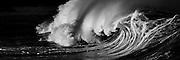 An ominous and powerful shorebreak wave on Oahu's North Shore, Hawaii