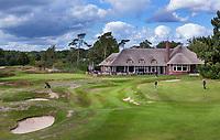 HILVERSUM -  green hole 18  en hole 10 links.  het nieuwe clubhuis . Hilversumsche Golf Club, COPYRIGHT  KOEN SUYK