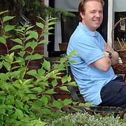 NLD/Huizen/20060710 - Raadslid Floris Jan Kroon Friesewal 3 Huizen