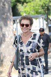 Beerdigung von Sonia Rykiel auf dem Friedhof Montparnasse in Paris / 010916 *** Lyne Cohen Solal during the funeral of the late French fashion designer Sonia Rykiel, at the Montparnasse cemetery in Paris, France, September 1 2016.