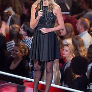 NLD/Hilversum/20151218 - The Voice of Holland 2015 - 3de liveshow, Wendy van Dijk