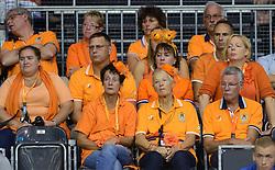 13-09-2014 NED: Davis Cup Nederland - Kroatie, Amsterdam<br /> Nederland verliest de dubbel en staat op de tweede dag met 2-1 achter / Oranje support Tennis