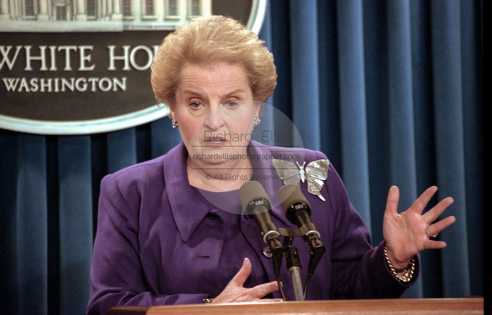 US Secretary of State Madeleine Albright briefs reporters on the meeting between President Clinton, Israeli Prime Minister Benjamin Netanyahu and Palestinian leader Yasser Arafat September 28, 1998 in Washington, DC. Albright and U.S. mediator Dennis Ross will go to the Middle East for more talks with the two leaders around Oct. 6, and about a week later Arafat and Netanyahu will return to the White House to see Clinton again.