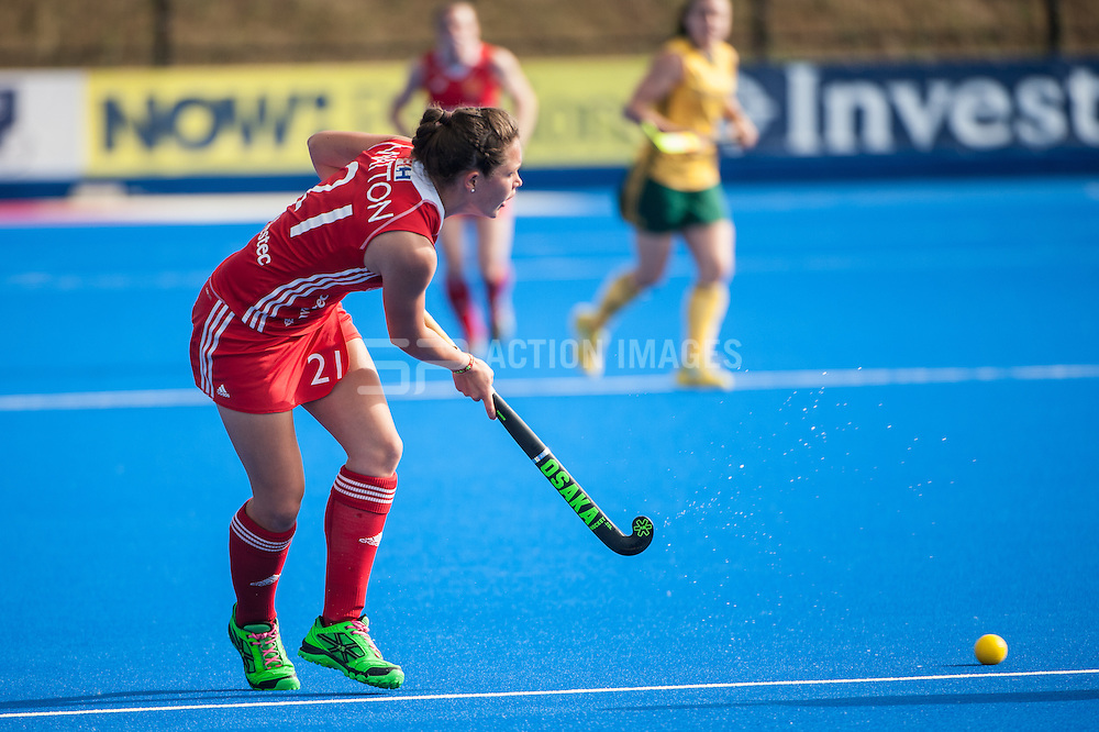 England's Ellie Watton during the Final of the Investec London Cup against South Africa. Lee Valley Hockey & Tennis Centre, London, UK on 13 July 2014. Photo: Simon Parker