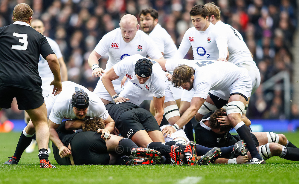 Picture by Andrew Tobin/SLIK images +44 7710 761829. 2nd December 2012. The Engand pack dominate during the QBE Internationals match between England and the New Zealand All Blacks at Twickenham Stadium, London, England. England won the game 38-21.