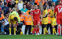 Fotball<br /> England<br /> Foto: Fotosports/Digitalsport<br /> NORWAY ONLY<br /> <br /> Joe Cole Can't believe is was shown the Red Card by Referee M. Atkinson<br /> Liverpool 2010/11<br /> Liverpool V Arsenal 15/08/10<br /> The Premier League