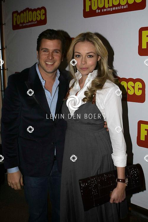 DEN BOSCH - Winston Gerschtanowitz en Renate Verbaan tijdens de premiere van Footloose. FOTO LEVIN DEN BOER - PERSFOTO.NU